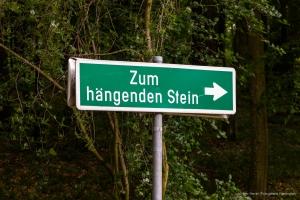 hängender Stein
